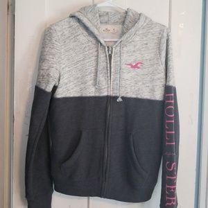 Hollister fullzip sweatshirt. Grey/pink. Size Med